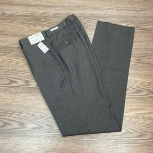 Jos A Bank 1905 NWT Grey Tailored Fit Pants 34